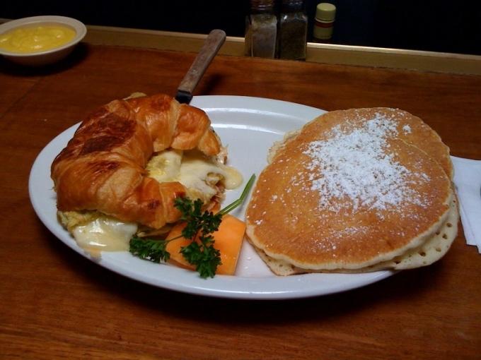 shorehouse breakfast