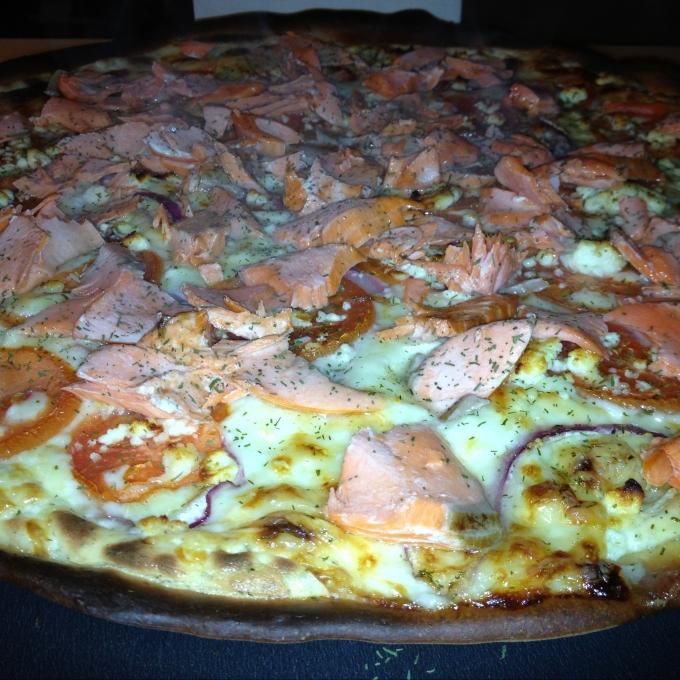salmonpizza16.jpeg