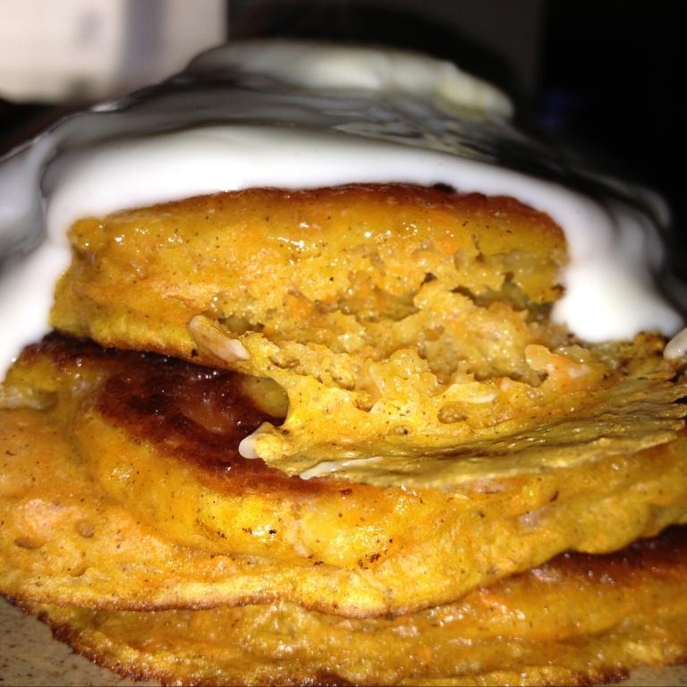 carrot-cake-pancakes2.jpeg
