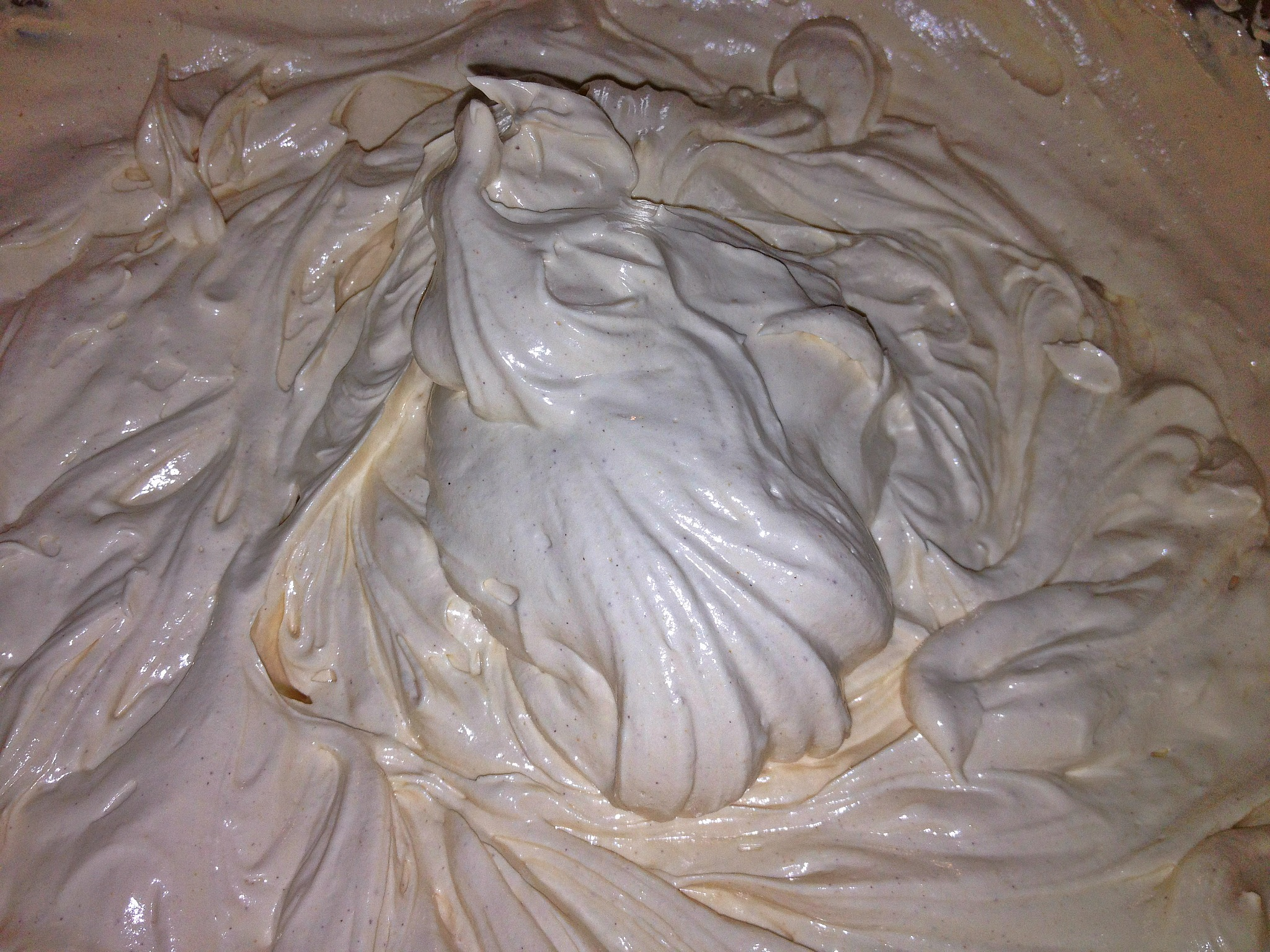 Peanut Butter Swiss Meringue Buttercream Frosting | Le Food Snob