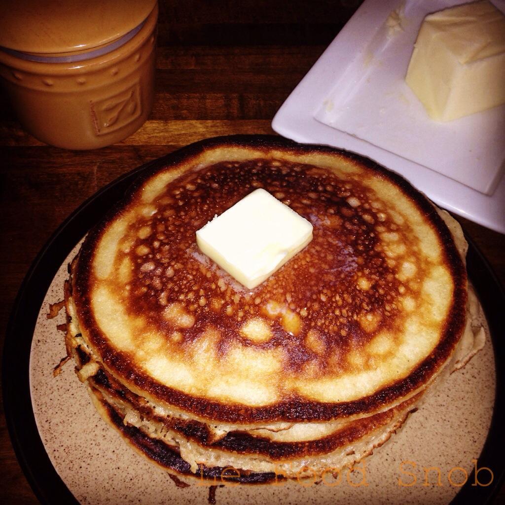 Light, Fluffy Pancakes – Le Food Snob